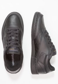 Reebok Classic - CLUB C 85 LEATHER UPPER SHOES - Sneakers - black/charcoal - 1