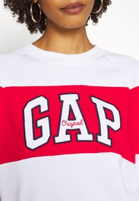 GAP - ORIGINAL CREW - Bluza - white - 4