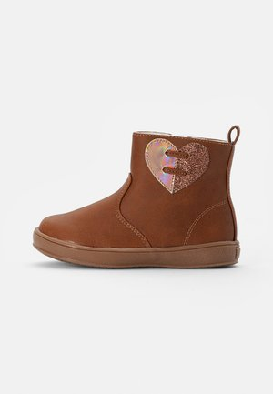 BOOTIES - Classic ankle boots - cognac