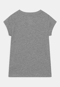 Converse - CHUCK PATCH  - Camiseta estampada - dark grey heather - 1