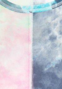 Glamorous Petite - LADIES TOP TIE DYE - Bluser - multi-coloured - 2