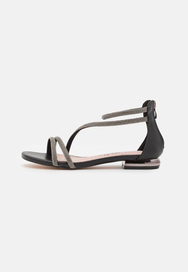 Sandały - soft nero