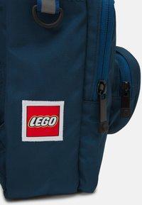 Lego Bags - BRICK 1X1 KIDS BACKPACK UNISEX - Zaino - earth blue - 3