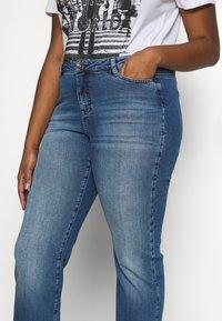 JUNAROSE - by VERO MODA - JRTENJUVA  - Jeans straight leg - medium blue denim - 3