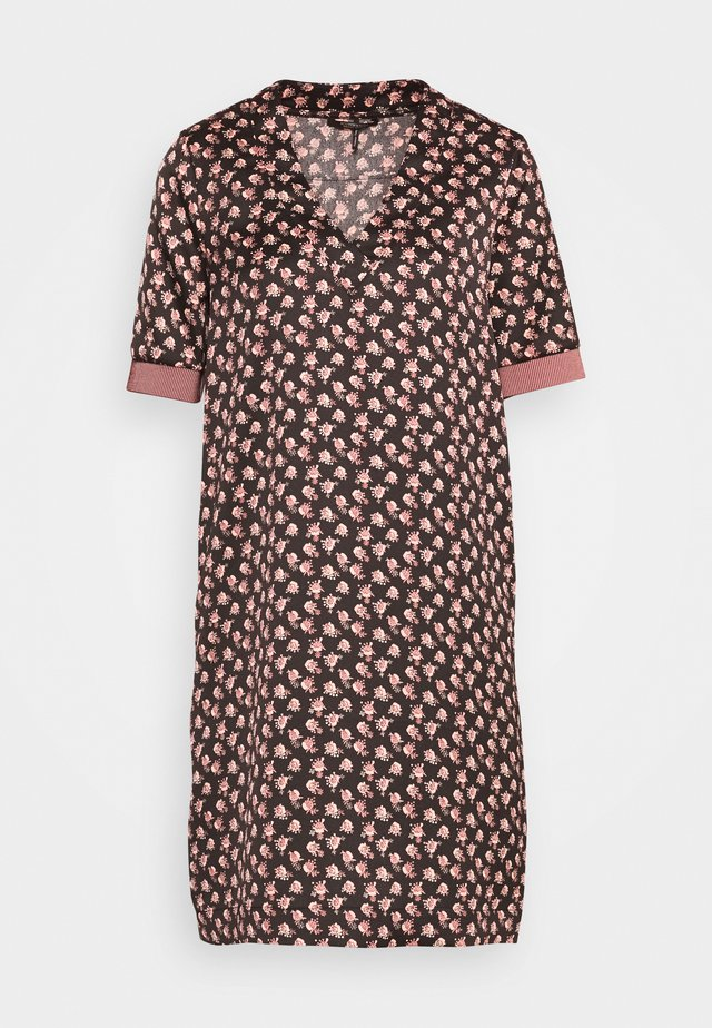 V-NECK DRESS WITH RIBS - Robe d'été - black/light pink