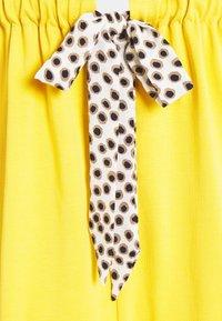 9Fashion - HAMPI - Jersey dress - honey - 2