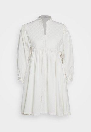 LIARA - Day dress - white