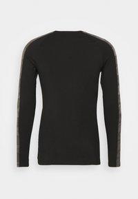 SQUATWOLF - LIMITLESS FULL SLEEVES TEE - Long sleeved top - black - 7