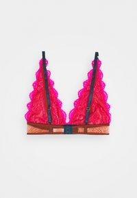 Dora Larsen - NATALIE HIGH APEX - Triangle bra - bright pink - 1