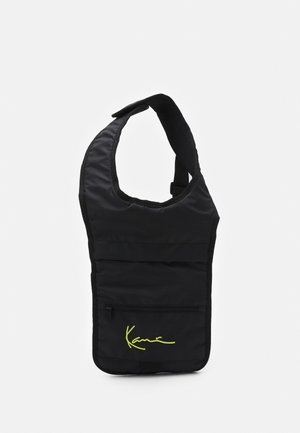 SIGNATURE BODY BAG UNISEX - Plecak - black
