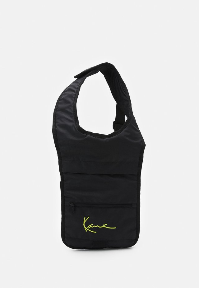 SIGNATURE BODY BAG UNISEX - Batoh - black
