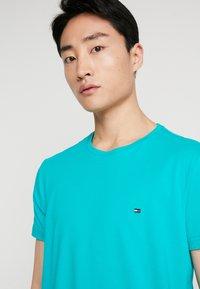 Tommy Hilfiger - T-shirt basic - green - 3