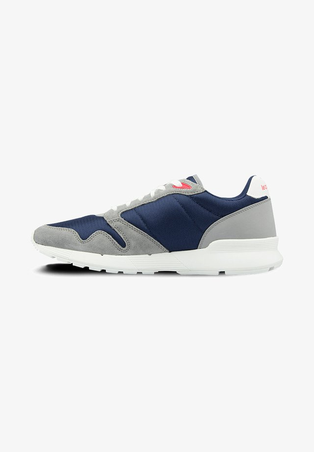 LCS OMEGA X MESH - Trainers - blue - grey