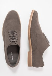 Pier One - Zapatos con cordones - grey - 1