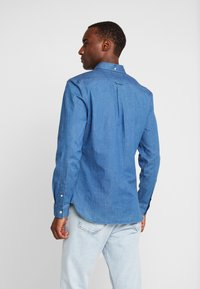 Lyle & Scott - SLIM FIT  - Skjorta - light indigo - 2