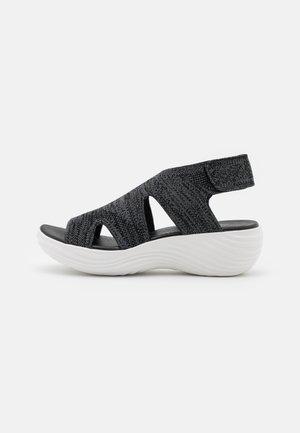 MARIN SAIL - Sandály na platformě - black
