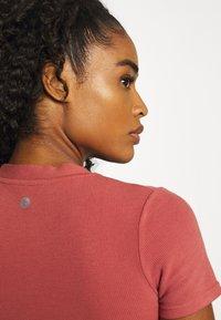 Cotton On Body - T-shirt basic - chestnut - 4