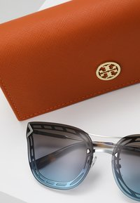 Tory Burch - Solbriller - silver-coloured - 2