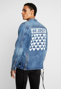 Be Edgy - BETRAVER - Giacca di jeans - indigo mid - 2