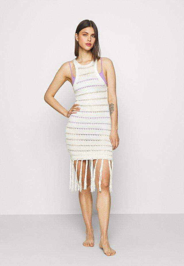 TASSLE DETAIL DRESS - Accessorio da spiaggia - white