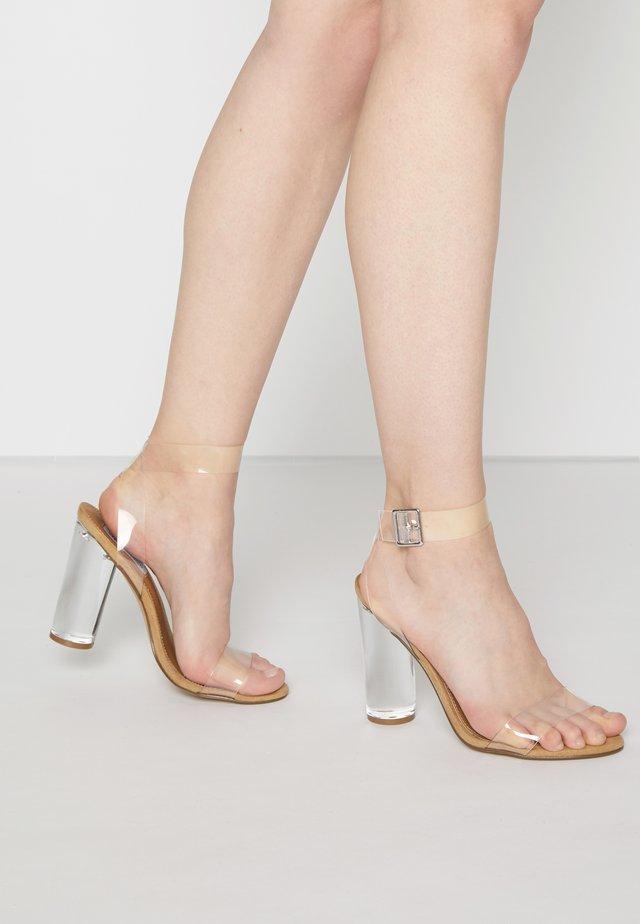 CLEARER - Sandales à talons hauts - clear