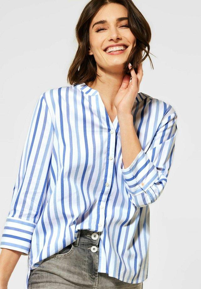 MIT STREIFEN MUSTER - Skjorta - blau