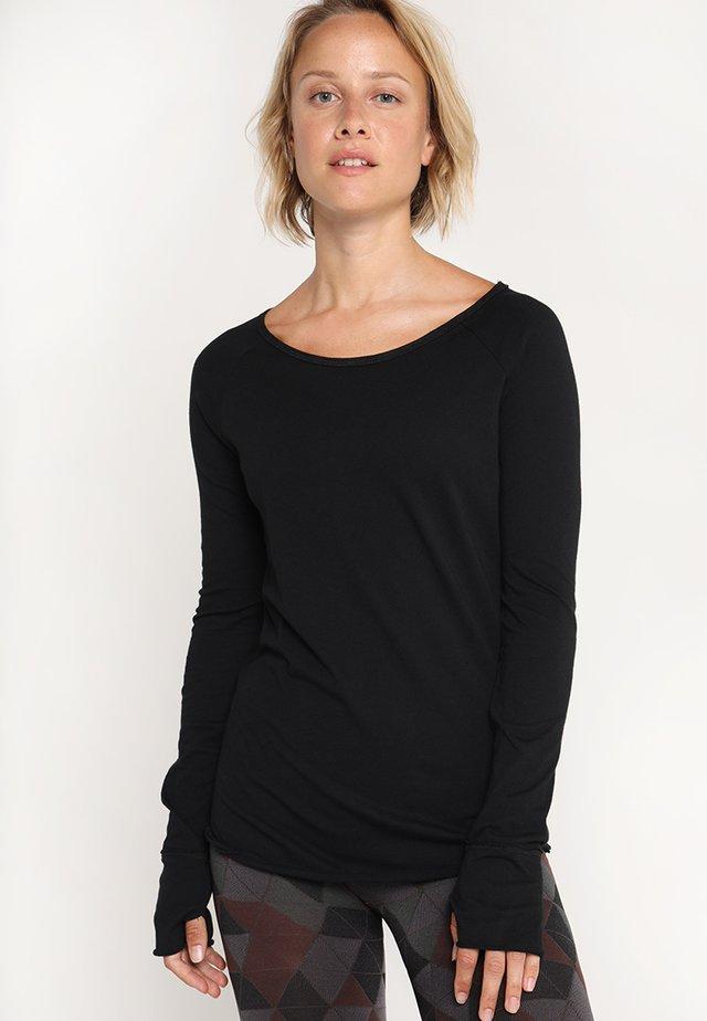 KARANI - Pitkähihainen paita - black
