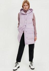 Finn Flare - Waistcoat - lilac - 2