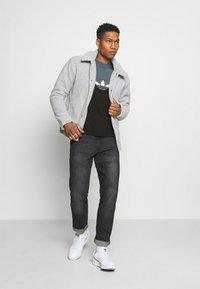 adidas Originals - SLICE BOX - Print T-shirt - black/blue oxide - 1