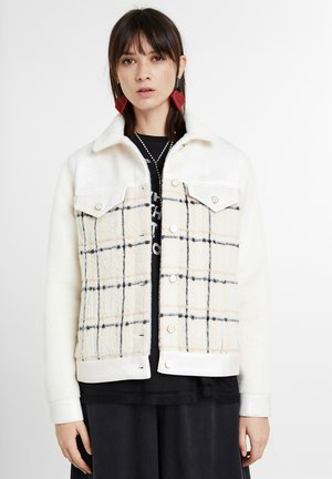 CHAQ HELGA - Outdoor jacket - white