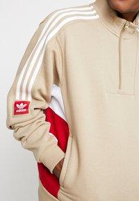adidas Originals - MODULAR - Sweatshirt - hemp/white/power red - 5