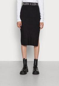 Calvin Klein Jeans - LOGO WAISTBAND SKIRT - Pencil skirt - black - 0