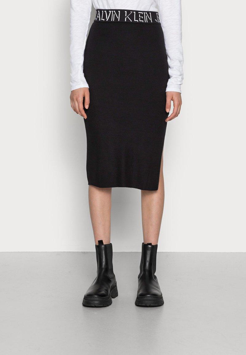 Calvin Klein Jeans - LOGO WAISTBAND SKIRT - Pencil skirt - black