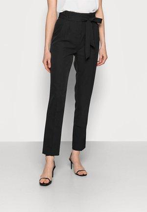 MILLER TIE WAIST TROUSER - Trousers - black