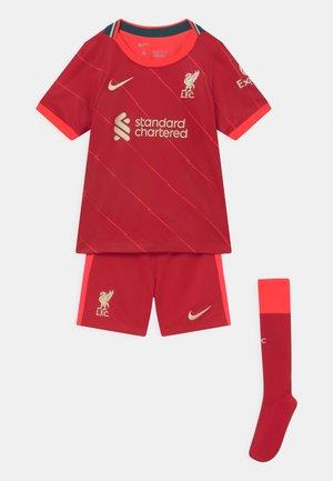 LIVERPOOL FC UNISEX SET - Club wear - gym red/bright crimson/fossil