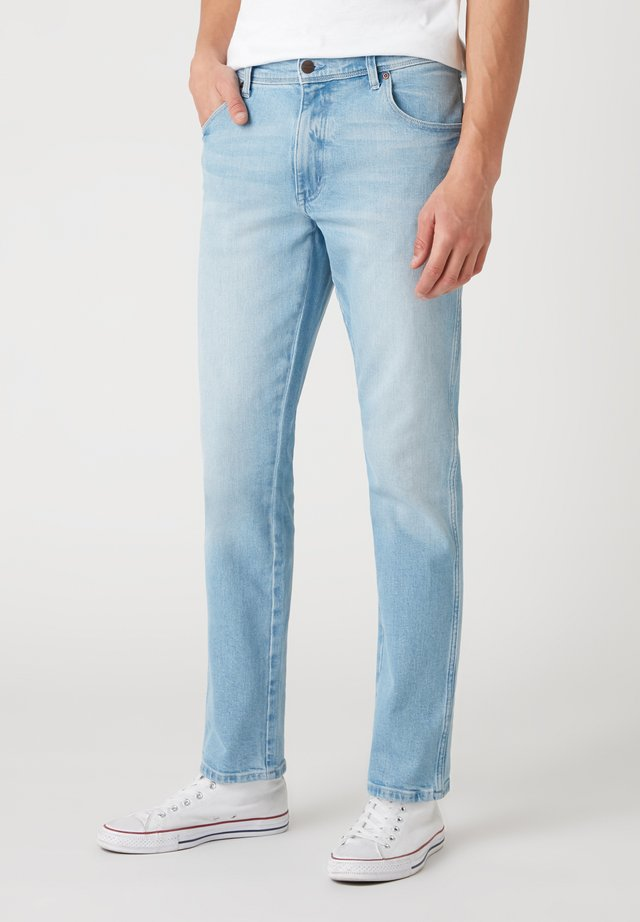 TEXAS - Jeans a sigaretta - clear blue
