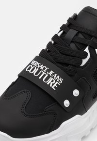 Versace Jeans Couture - Sneaker low - black - 5
