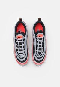 Nike Sportswear - AIR MAX 97 UNISEX - Zapatillas - wolf grey/radiant red/black/white - 3