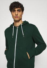 Pier One - Zip-up hoodie - dark green - 4