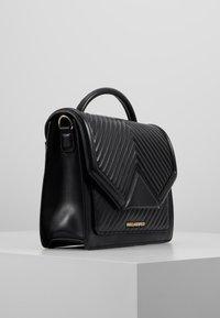 KARL LAGERFELD - KLASSIK QUILTED SHOULDER BAG - Handbag - black - 3