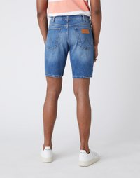 Wrangler - 5 PKT SHORT - Szorty jeansowe - light fever - 2