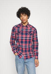 Wrangler - WESTERN - Overhemd - rococco red - 0