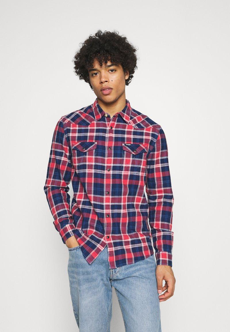 Wrangler - WESTERN - Overhemd - rococco red