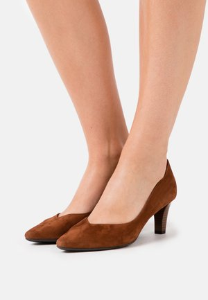 MALIN - Classic heels - sable
