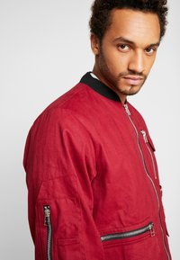 The Ragged Priest - JACKET - Bomber Jacket - burgundy/black - 3