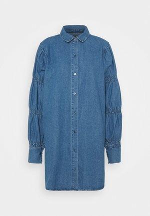 PUFF SLEEVE DRESS - Dongerikjole - blue