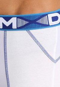 DIM - 3D FLEX AIR 2 PACK - Shorty - blanc/bleu/gris - 4