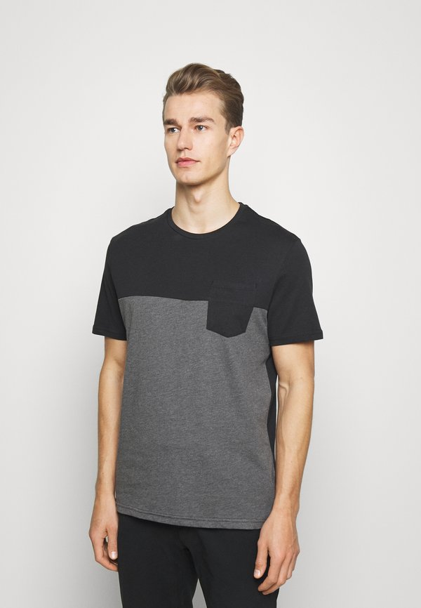 Pier One T-shirt z nadrukiem - black/czarny Odzież Męska WPPH