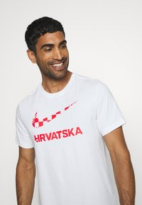 Nike Performance - KROATIEN CRO TEE GROUND - Voetbalshirt - Land - white - 3