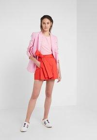 J.CREW - VINTAGE CREWNECK TEE - Basic T-shirt - dover pink - 1